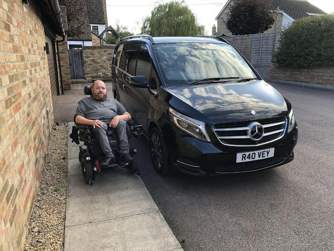 ROSS HOVEY TAKES DELIVERY OF THE UK'S FIRST DRIVE FROM MERECEDES V-CLASS WHEELCHAIR ACCESSIBLE VEHICLE